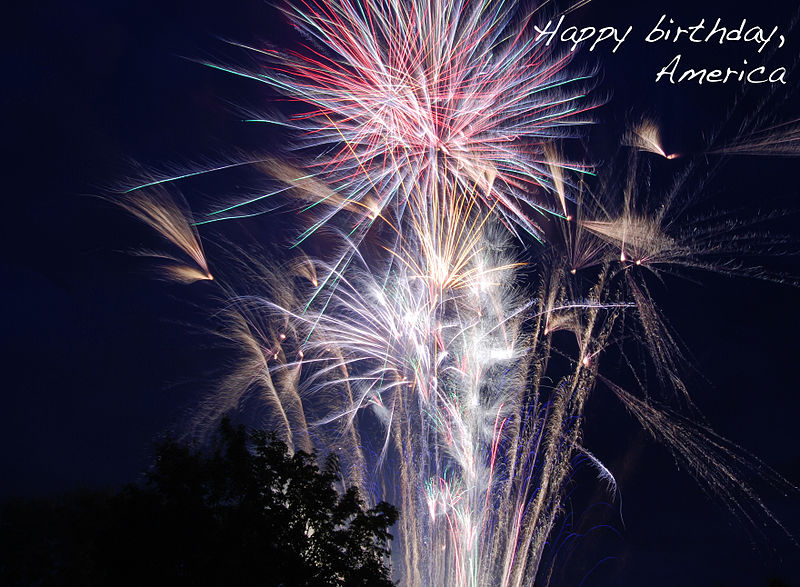 happy-birthday-america-4th-of-july-fireworks-credit-wikicommons-posted-masthead-blog-mhpronews-com- (2)
